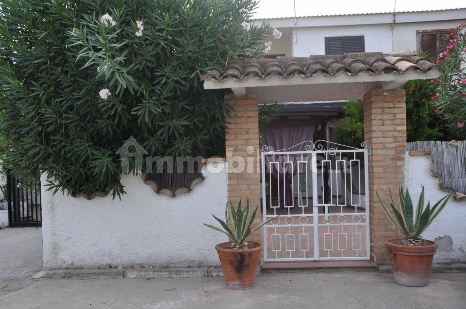 Appartamento in vendita a Cropani, 2 locali, prezzo € 55.000 | CambioCasa.it