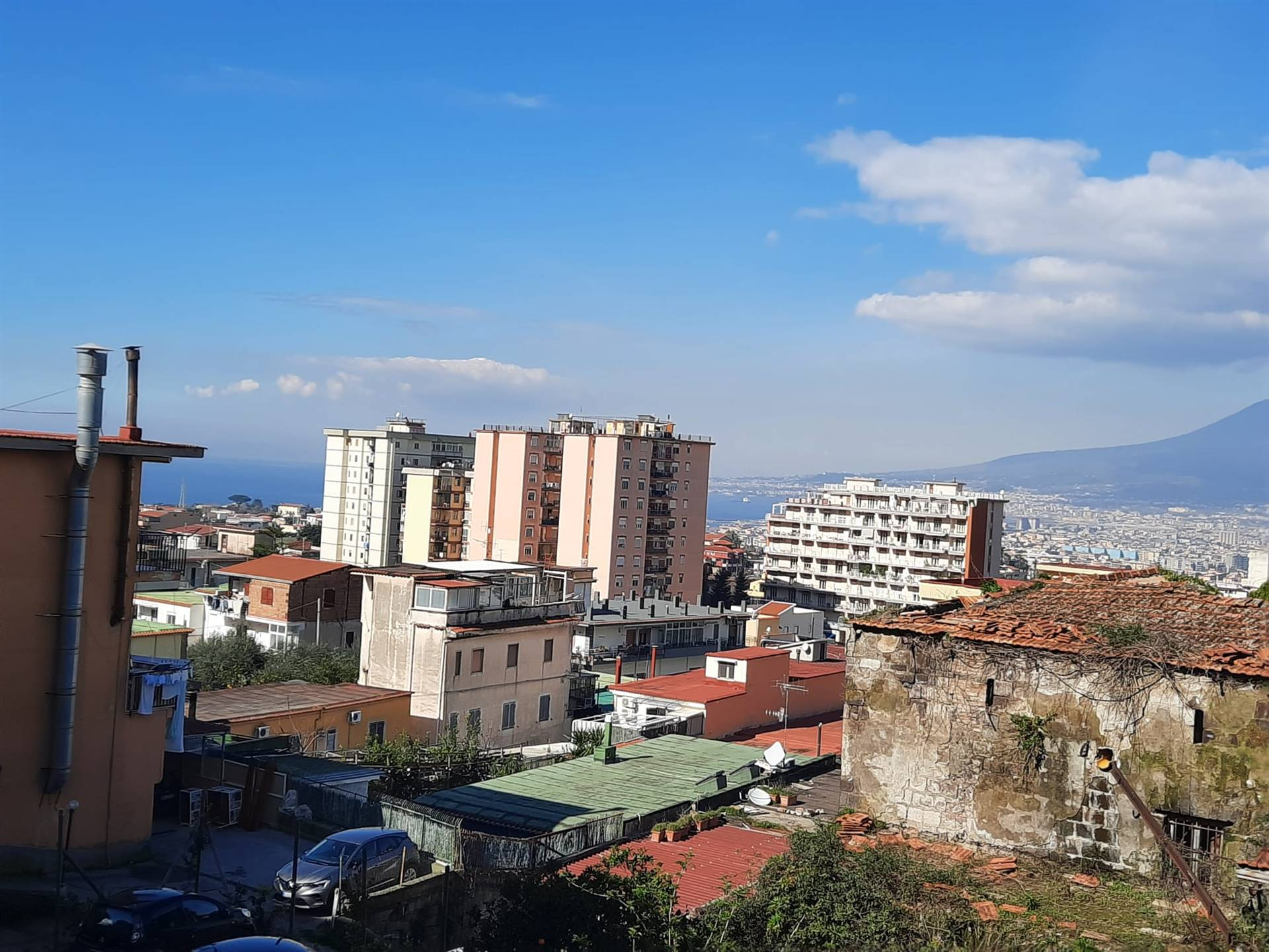 GRAGNANO, Apartment for rent of 65 Sq. mt., Good condition, Heating Individual heating system, Energetic class: G, Epi: 1 kwh/m2 year, placed at 1°