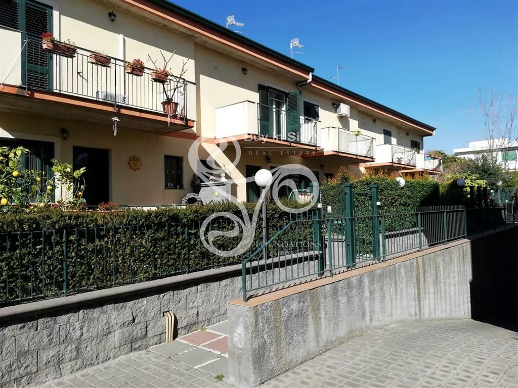 Villa a schiera in Via Strada 4, Riposto