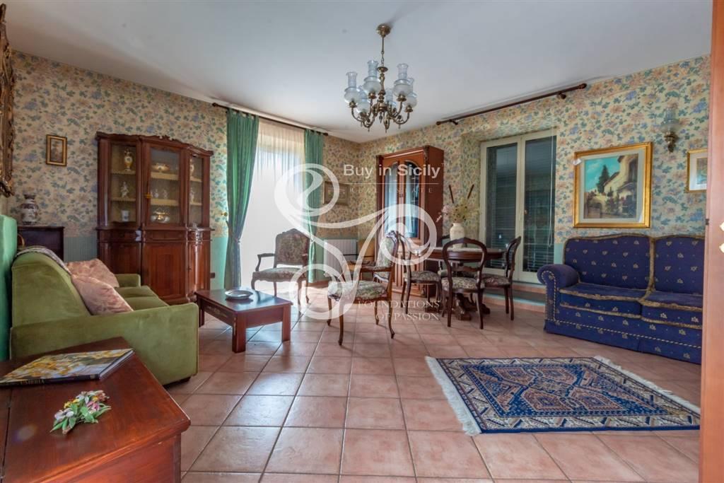 Casa singola in Via Zizzo 66, San Gregorio Di Catania