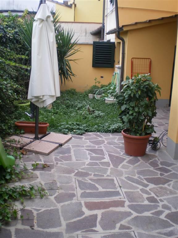 Terratetto, Vergaio, Prato, ristrutturato