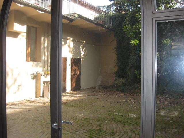 Negozio, Centro Storico, Reggio Emilia, abitabile