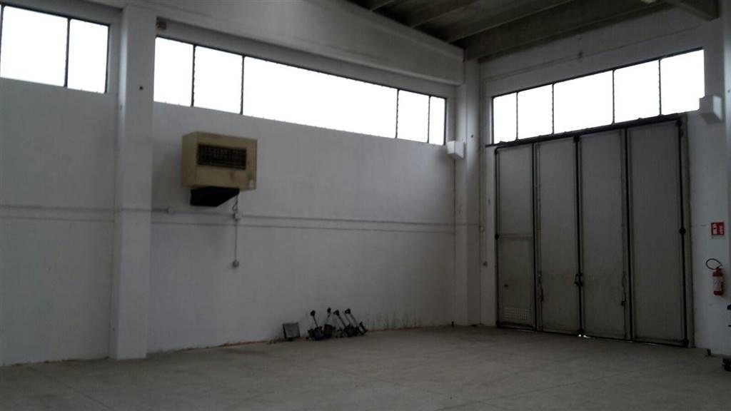 Capannone industriale, Ospizio,san Maurizio, Reggio Emilia, in ottime condizioni