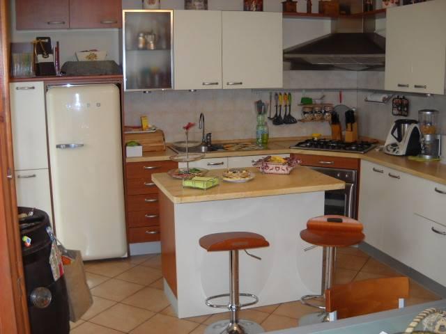 Villa a schiera, Fogliano, Reggio Emilia, in ottime condizioni