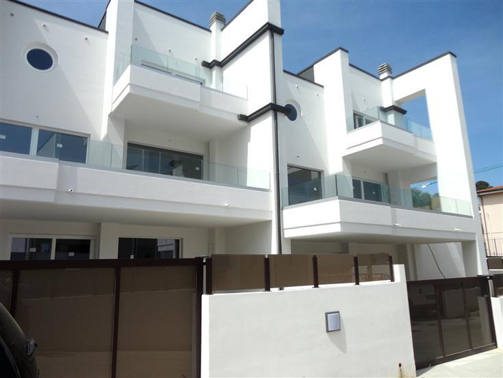 Villa a schiera, Montesilvano, in nuova costruzione