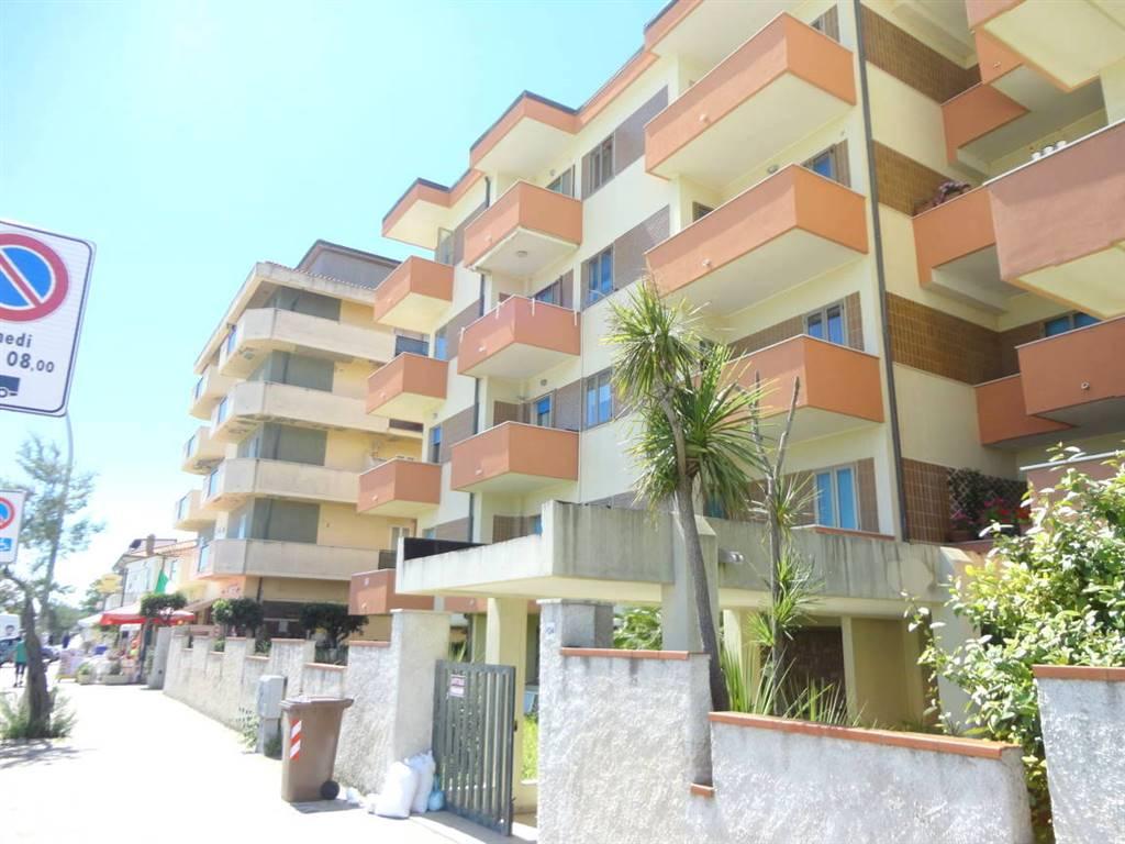 Trilocale in Via Francesco Paolo Tosti  134, Francavilla Al Mare