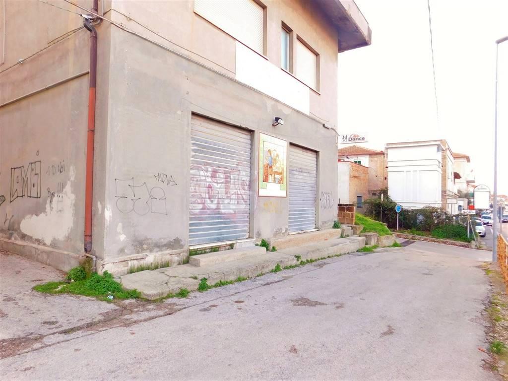 Locale commerciale in Via Nazionale Adriatica  536, Francavilla Al Mare