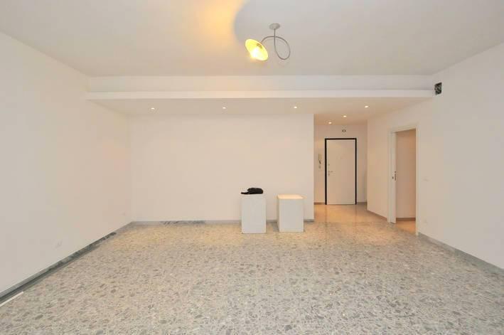 Appartamento in Via Italica, Pescara