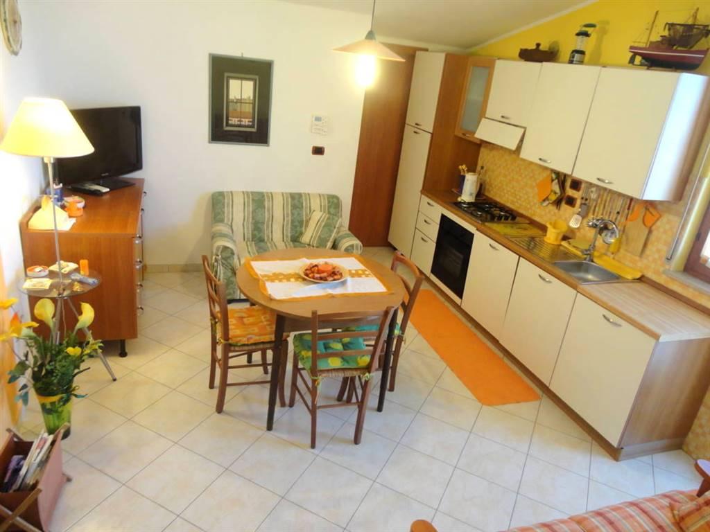 Quadrilocale in Via Adriatica  430, Francavilla Al Mare
