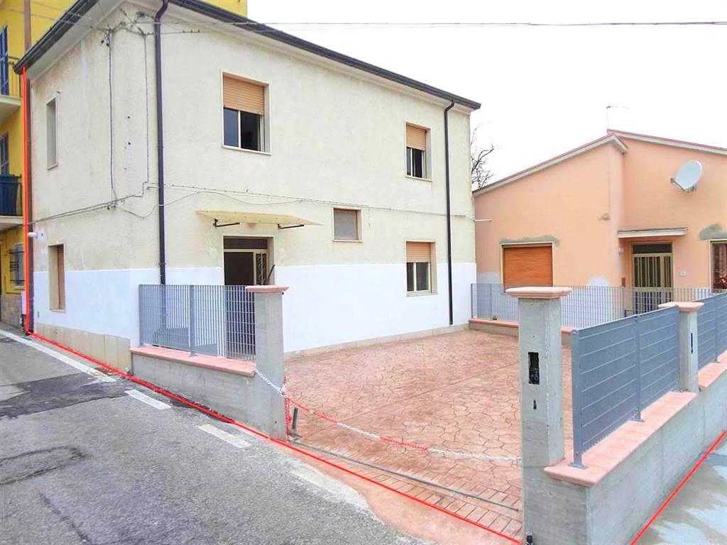 Casa semi indipendente in Via Borgo Forno  17, Miglianico