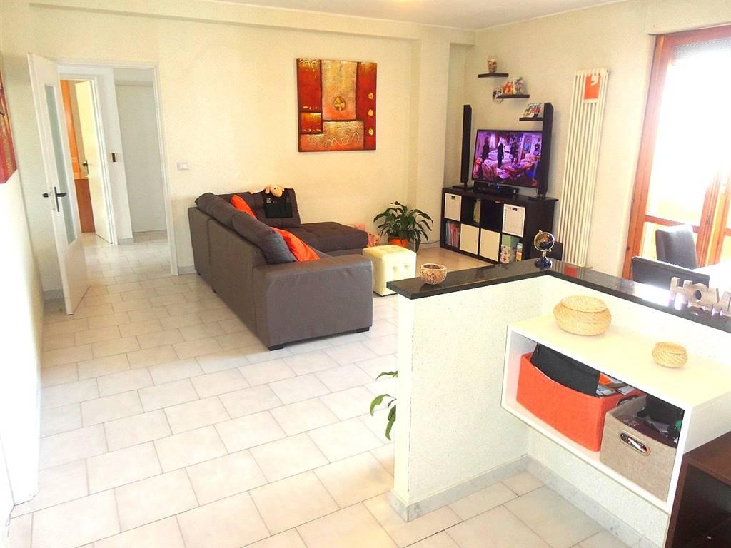 Appartamento in Via Caduti Per Servizio  13, Zona Tiburtina, Pescara