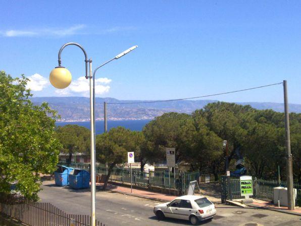 Bilocale in Viale Regina Elena  95, Messina
