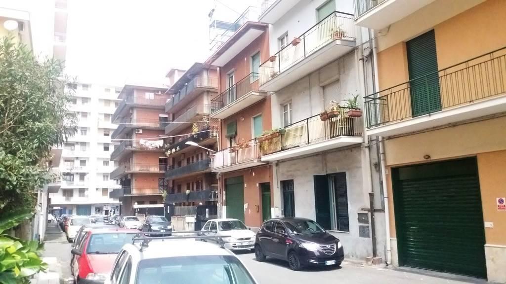 Trilocale in Via Francesco Gallo 15, Viale M. Rapisardi - Lavaggi, Catania
