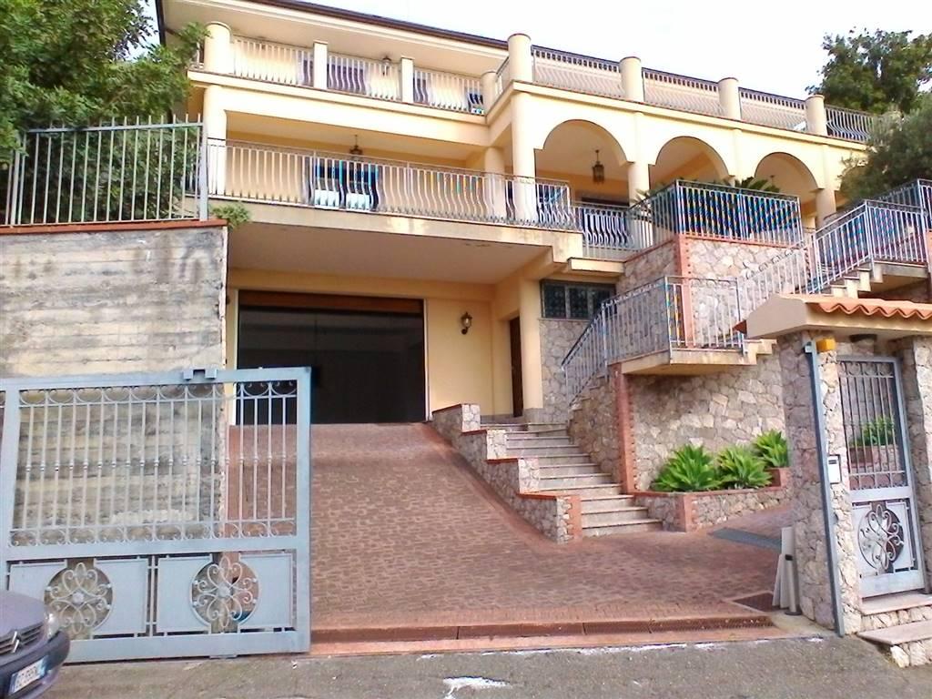 Villa in Via Degli Aranci Sn, Sant'alessio Siculo