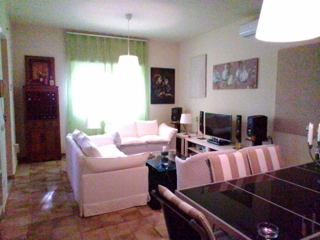 Villa in Via Cinquefoglie 16, Catania