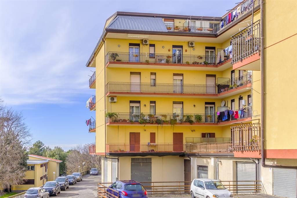 Appartamento in Via Cesare Battisti 34b, Belpasso