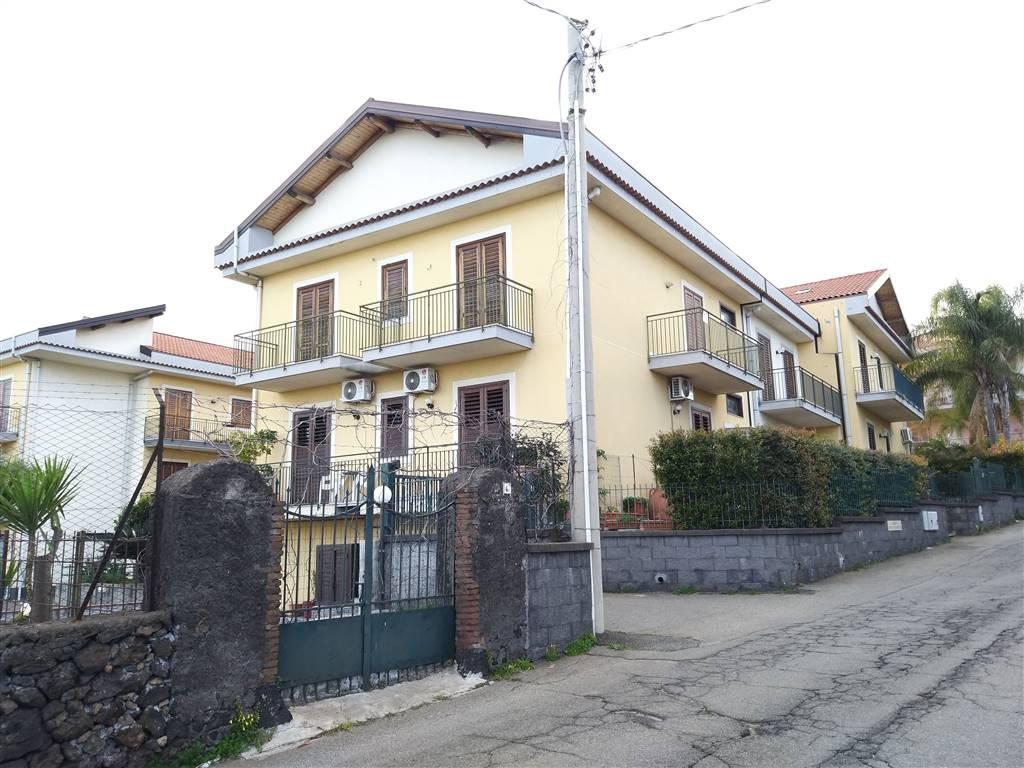 Appartamento in Via Vanellaccia  6, Acireale