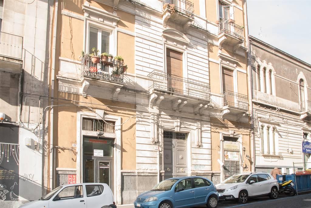 Trilocale in Vincenzo Giuffrida 61, Catania
