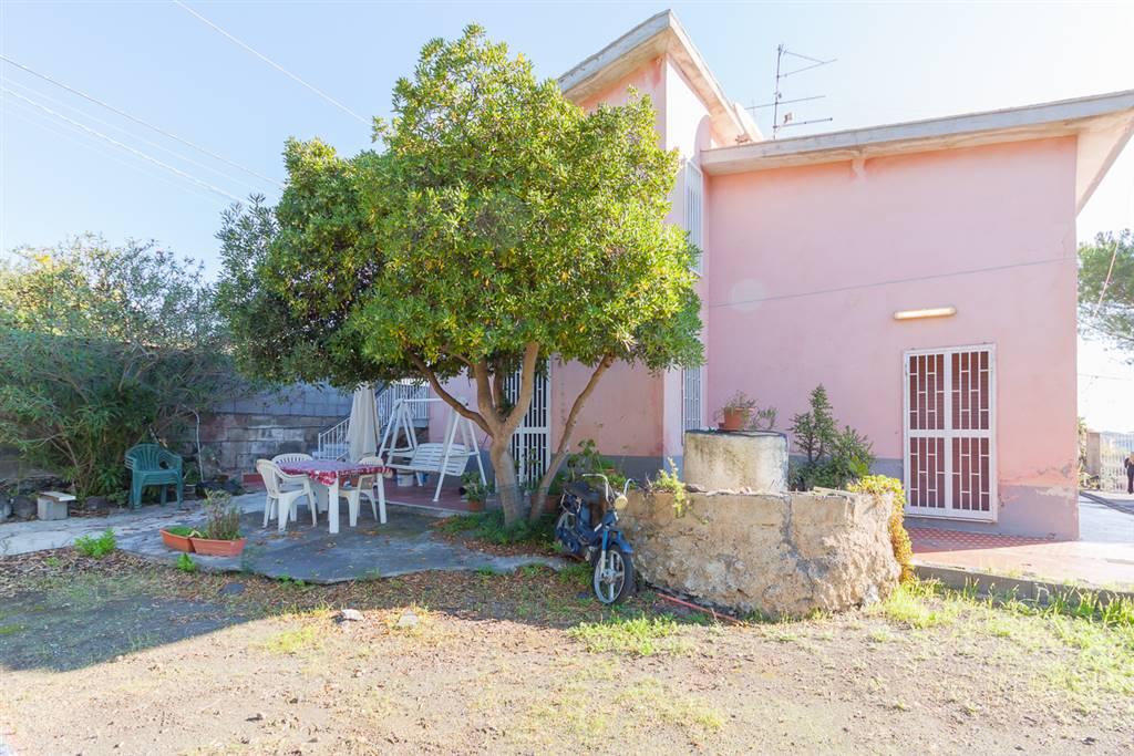Appartamento in Via Macello, 77, Mascalucia