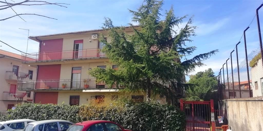 Trilocale in Via Alcide De Gasperi 97, Mascalucia