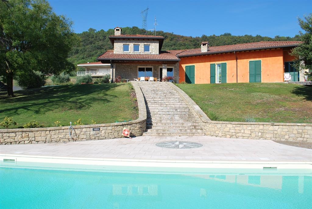Villa in Vendita a Lonato