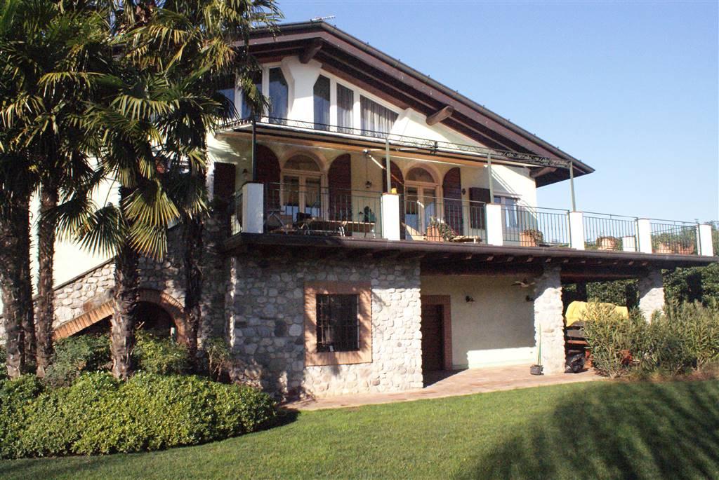 Vendita villa desenzano del garda trova ville desenzano del garda in vendita - Case in vendita a desenzano del garda da privati ...
