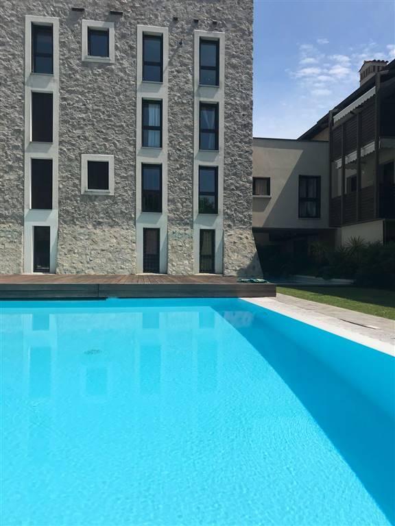 Appartamento in vendita a Moniga del Garda, 3 locali, prezzo € 160.000 | PortaleAgenzieImmobiliari.it