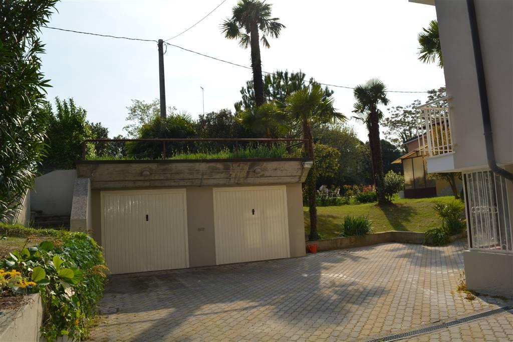 Appartamento in affitto a Desenzano del Garda, 2 locali, prezzo € 620   CambioCasa.it