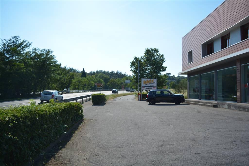 Attività commerciale in vendita a Desenzano Del Garda (Brescia ...