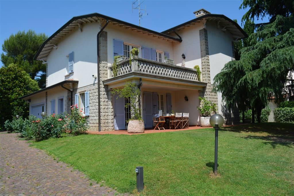 Villa in vendita a Desenzano del Garda, 15 locali, prezzo € 1.490.000 | PortaleAgenzieImmobiliari.it