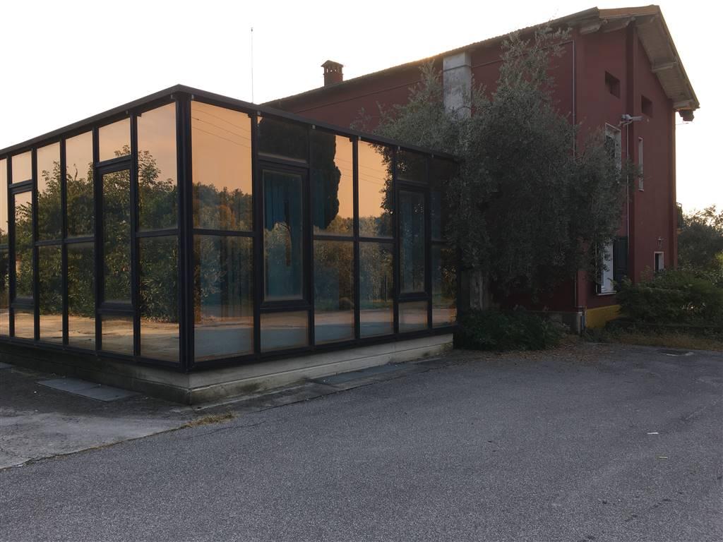 Locale commerciale, Raffa, Puegnago Sul Garda, da ristrutturare