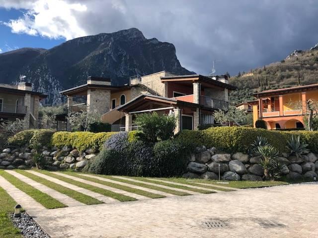 Foto appartamento e giardino  1