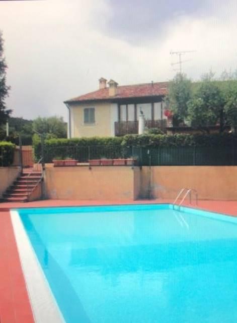 Appartamento in vendita a Lonato, 2 locali, zona Zona: Barcuzzi, prezzo € 170.000   CambioCasa.it