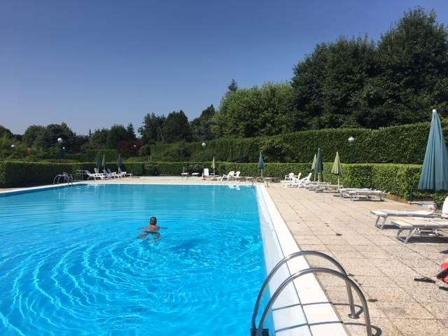 Foto piscina 1