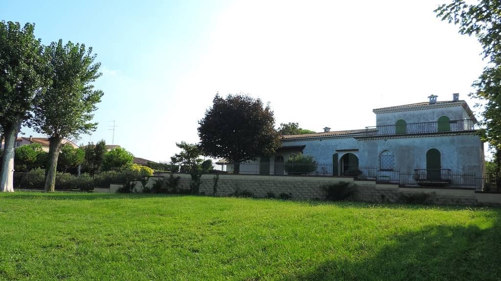 vista villa 2