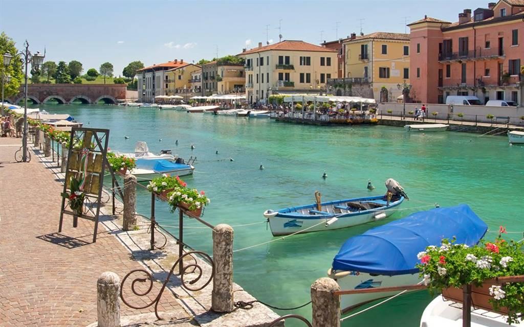 Appartamento in vendita a Peschiera del Garda, 3 locali, zona Località: SAN BENEDETTO, prezzo € 350.000 | PortaleAgenzieImmobiliari.it