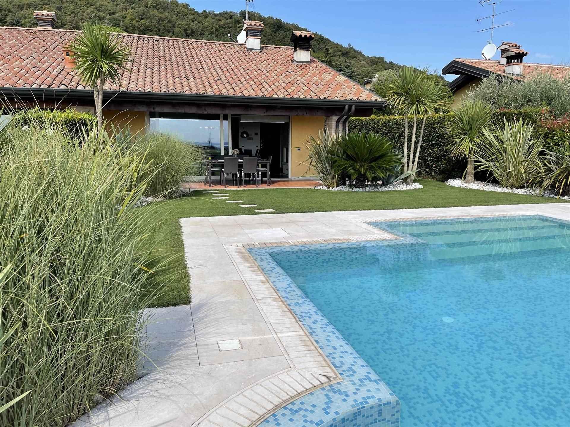 Foto dalla piscina