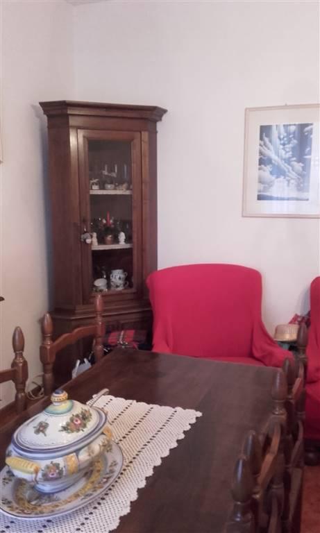 Appartamento in vendita a Scarperia e San Piero, 4 locali, zona Località: SCARPERIA, prezzo € 240.000 | PortaleAgenzieImmobiliari.it