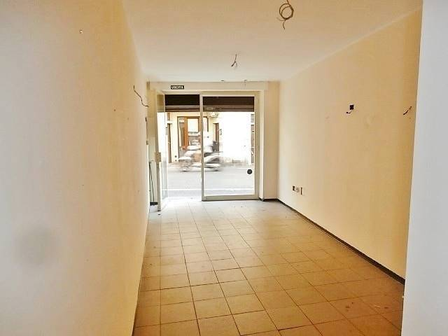 Negozio / Locale in vendita a Borgo San Lorenzo, 2 locali, prezzo € 43.000   CambioCasa.it