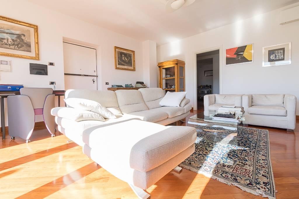 av910-Appartamento-SANTA-MARIA-CAPUA-VETERE-traversa-san-pietro