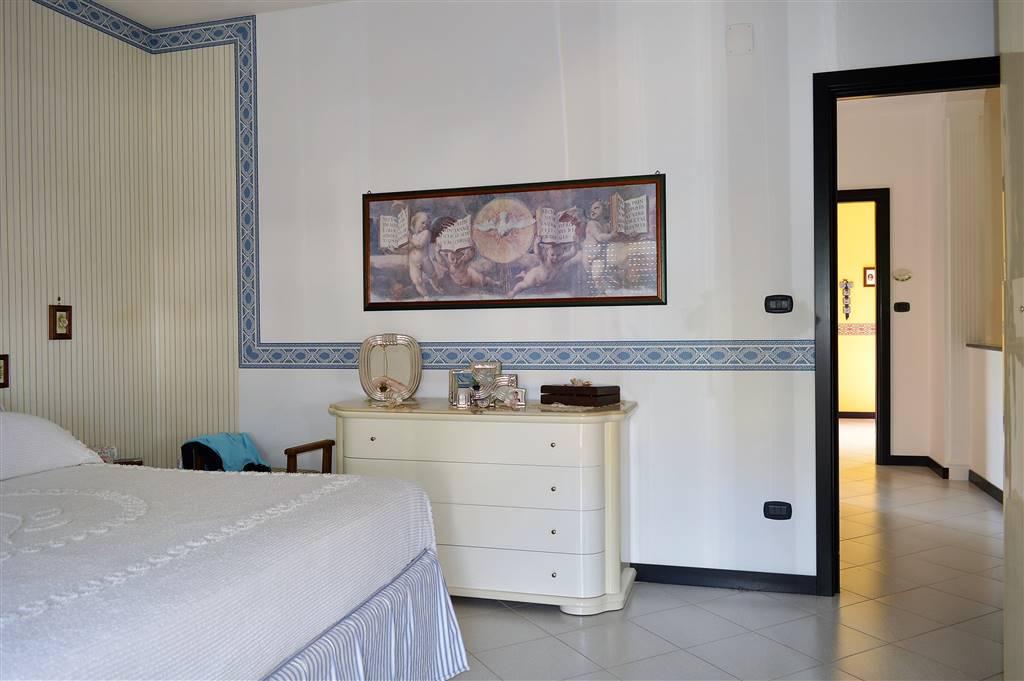 VV089-Villa-CAPUA-Via-Parisi-