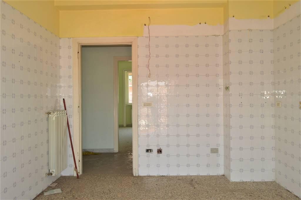 av859-Appartamento-SANTA-MARIA-CAPUA-VETERE-Via-Roberto-D'Angiò