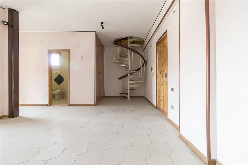 avc275-Appartamento-CASERTA-Via-Tescione