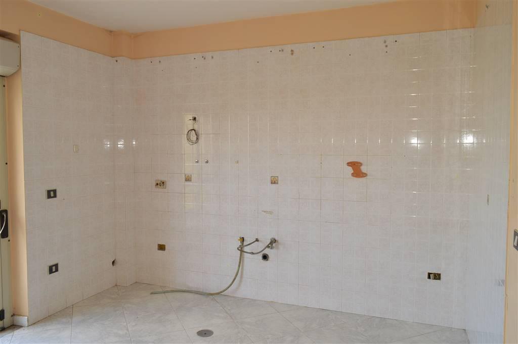 AV864-Appartamento-SANTA-MARIA-CAPUA-VETERE-Via-Michelangelo