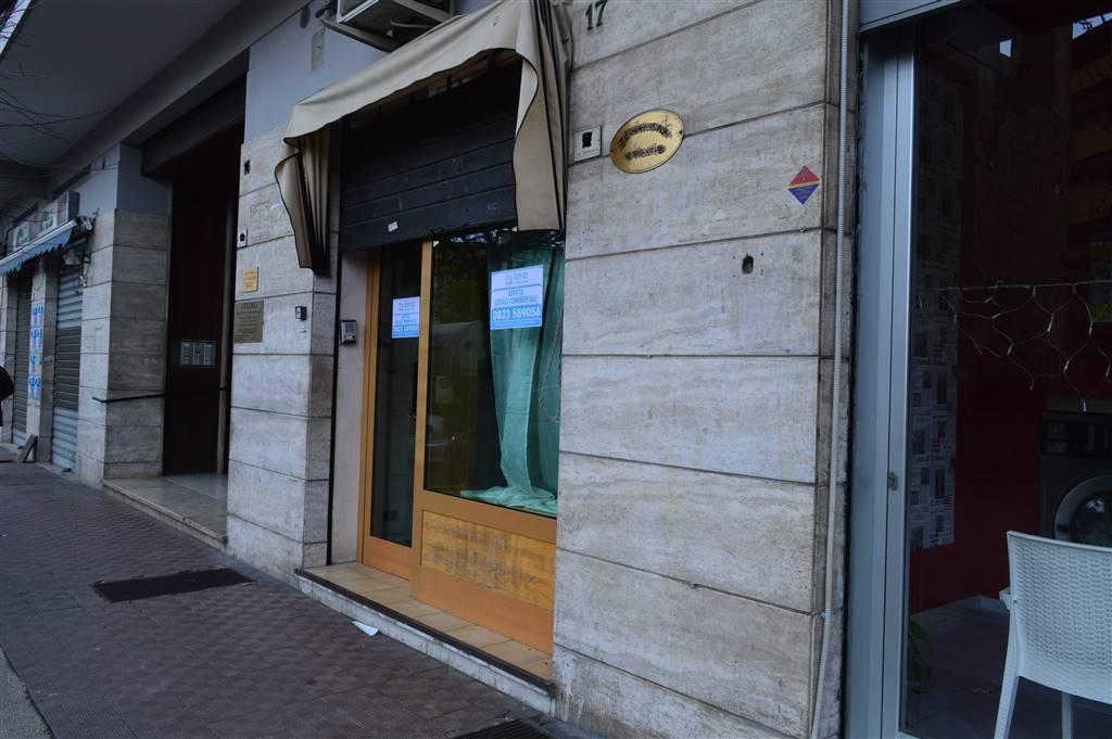 lfc139A-Locale Commerciale-CASERTA-via-ferrarecce-17