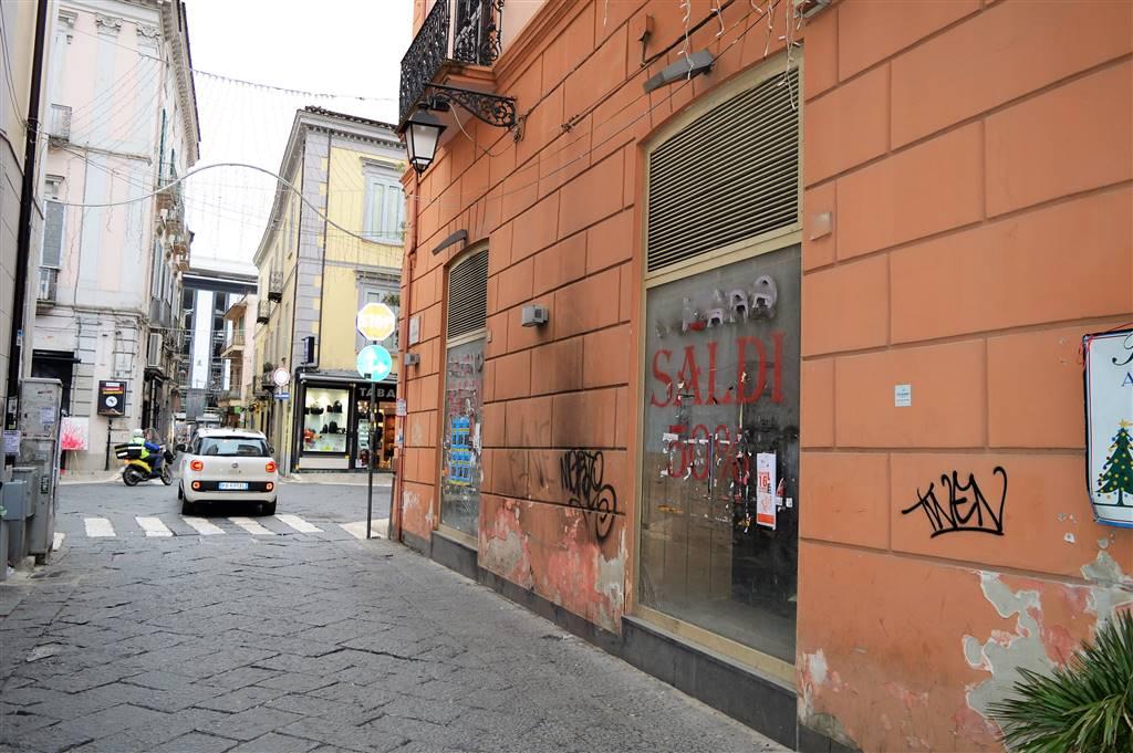 lfc144-Locale Commerciale-CASERTA-corso-trieste