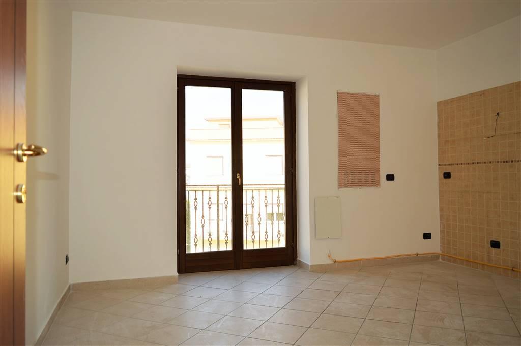AF442A-Appartamento-SANTA-MARIA-CAPUA-VETERE-Piazza-Milbitz