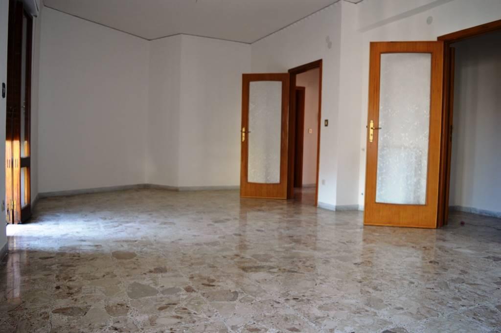 AF677A-Appartamento-SANTA-MARIA-CAPUA-VETERE-VIA-RICCIARDI