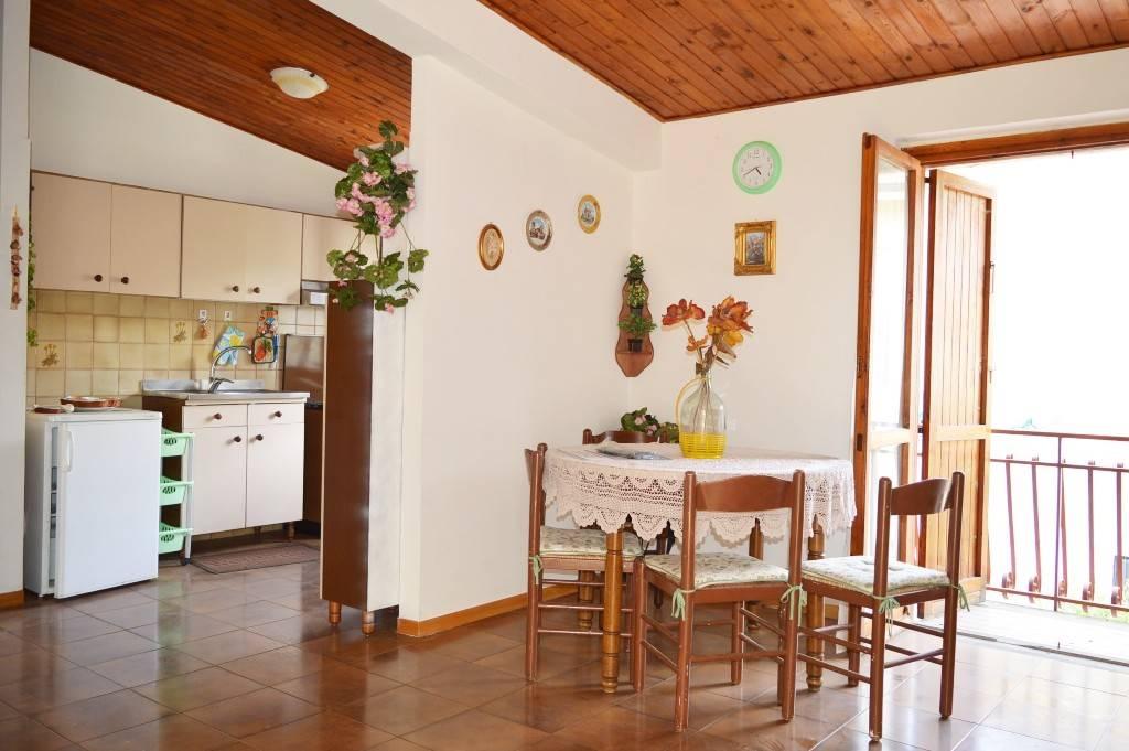 av819a-Appartamento-ROCCAMONFINA-