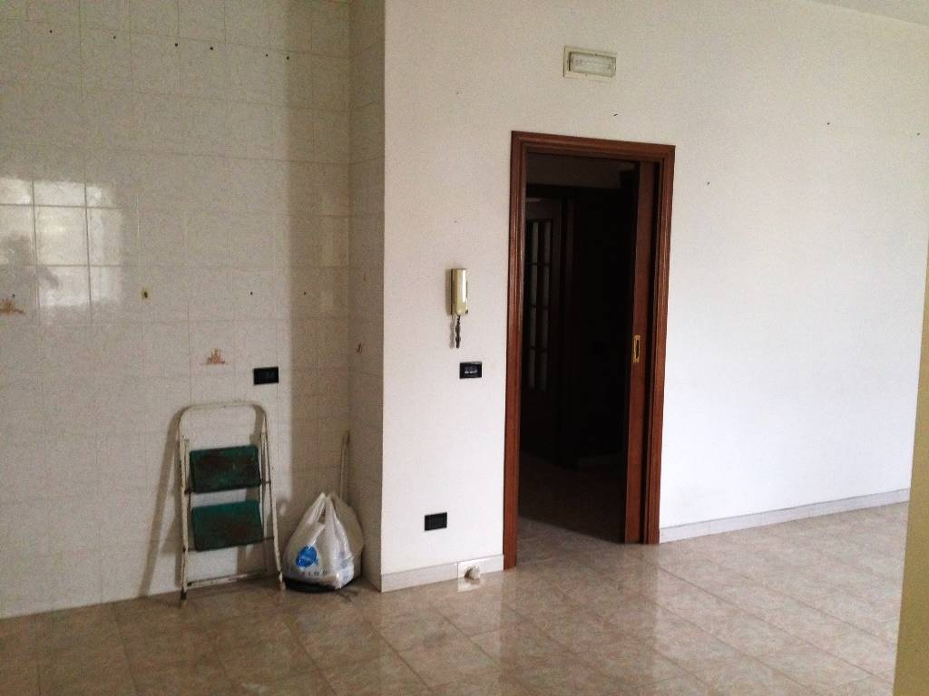 av727b-Appartamento-SANTA-MARIA-CAPUA-VETERE-via-gagliardi